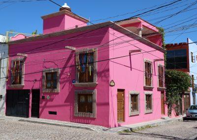 maison rose vif