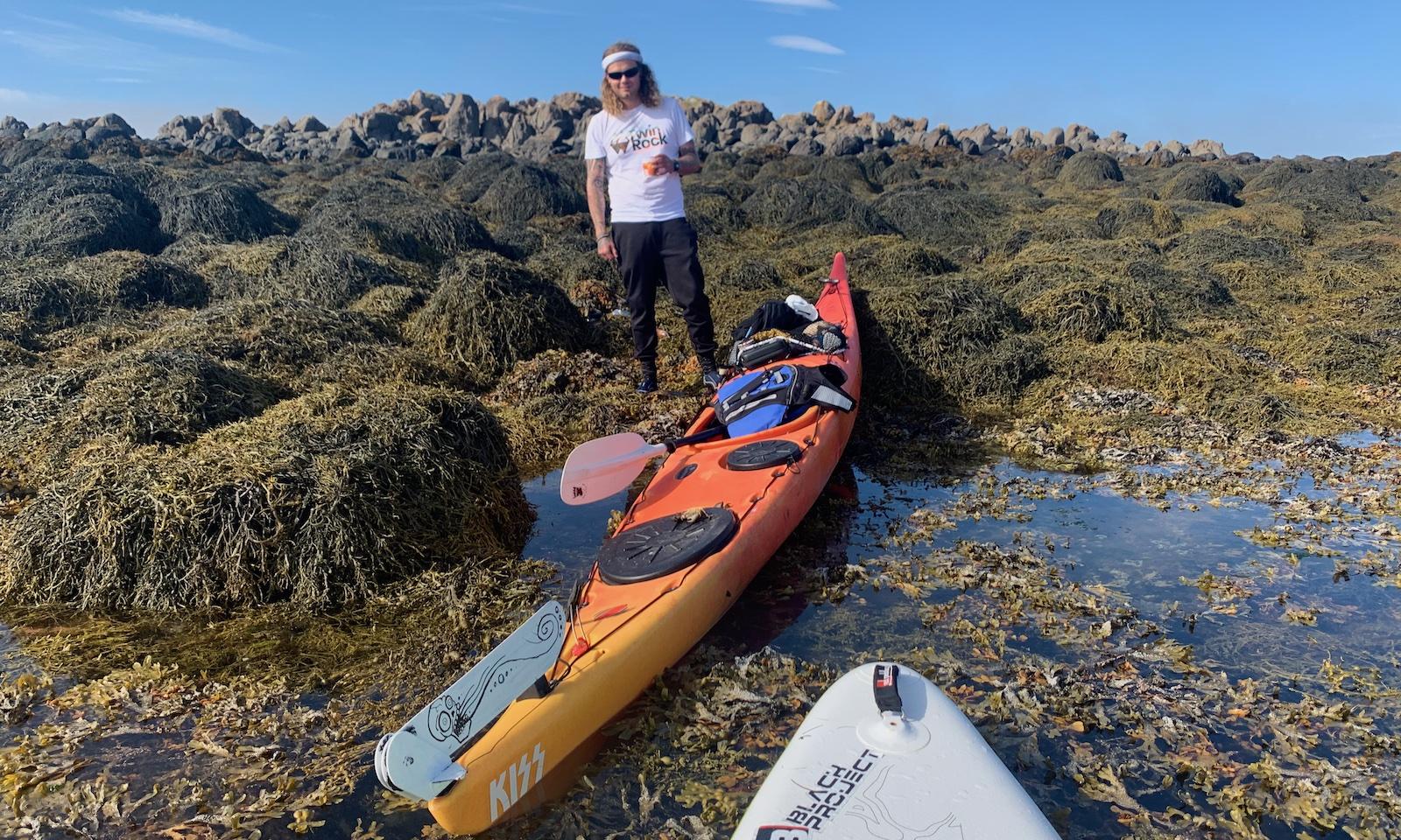 Flatey en kayak